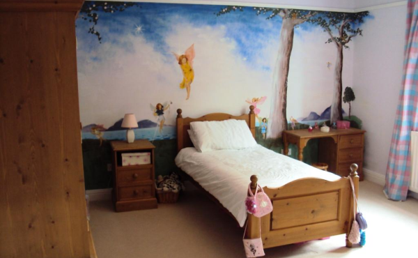 Fairies at the bottom of the bed!